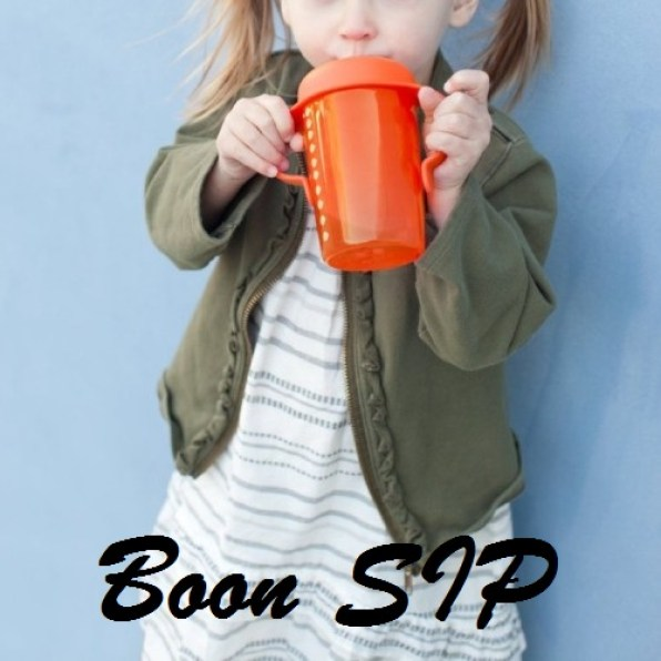Boon SIP 10oz Orange in use