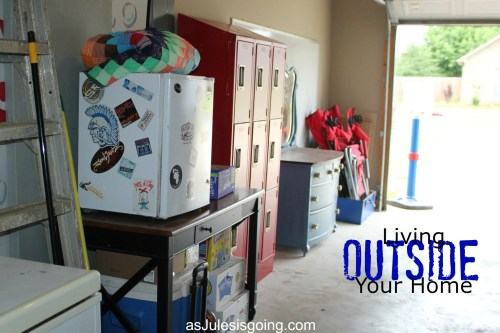 Living OUTSIDE Your Home #missionalliving {garage}