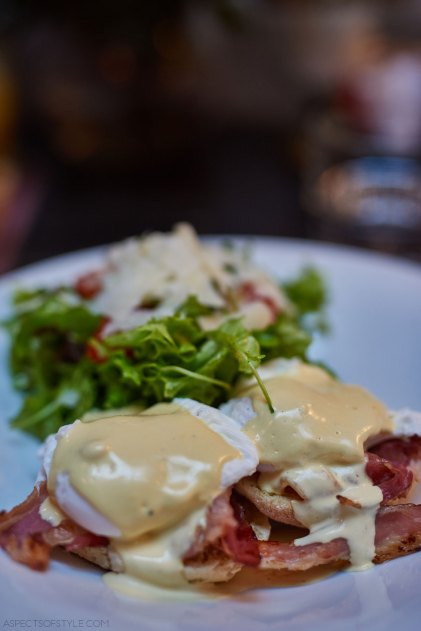 Eggs Benedicts, brunch at Noel Athens