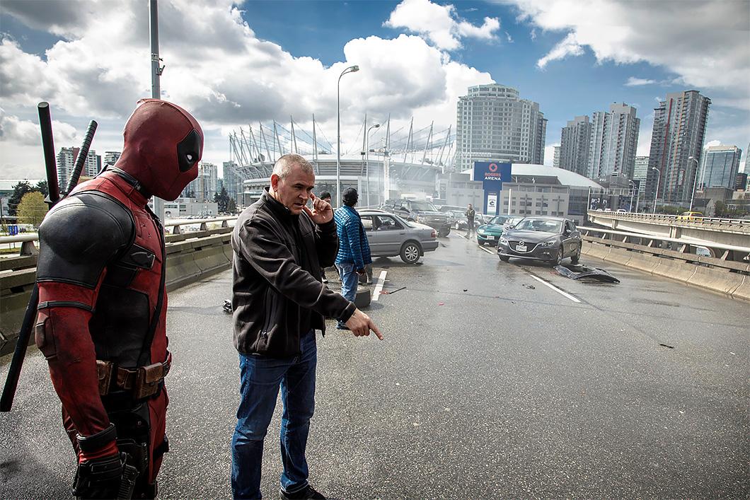 """O diretor Tim Miller no set de """"Deadpool"""""""