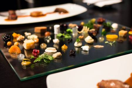 32 alinea course 10 sixty garnishes ?1412272153