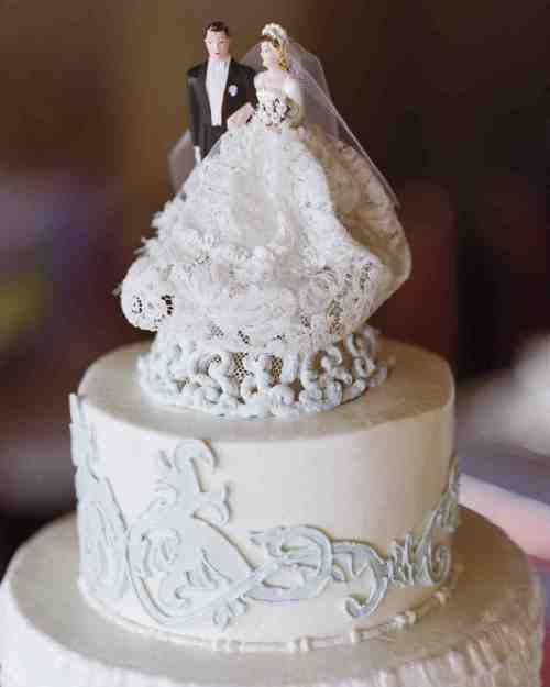 Cute Of Wedding Cake Pers Martha Stewart Weddings Wedding Cake Per Figurines Wedding Cake Pers Cats