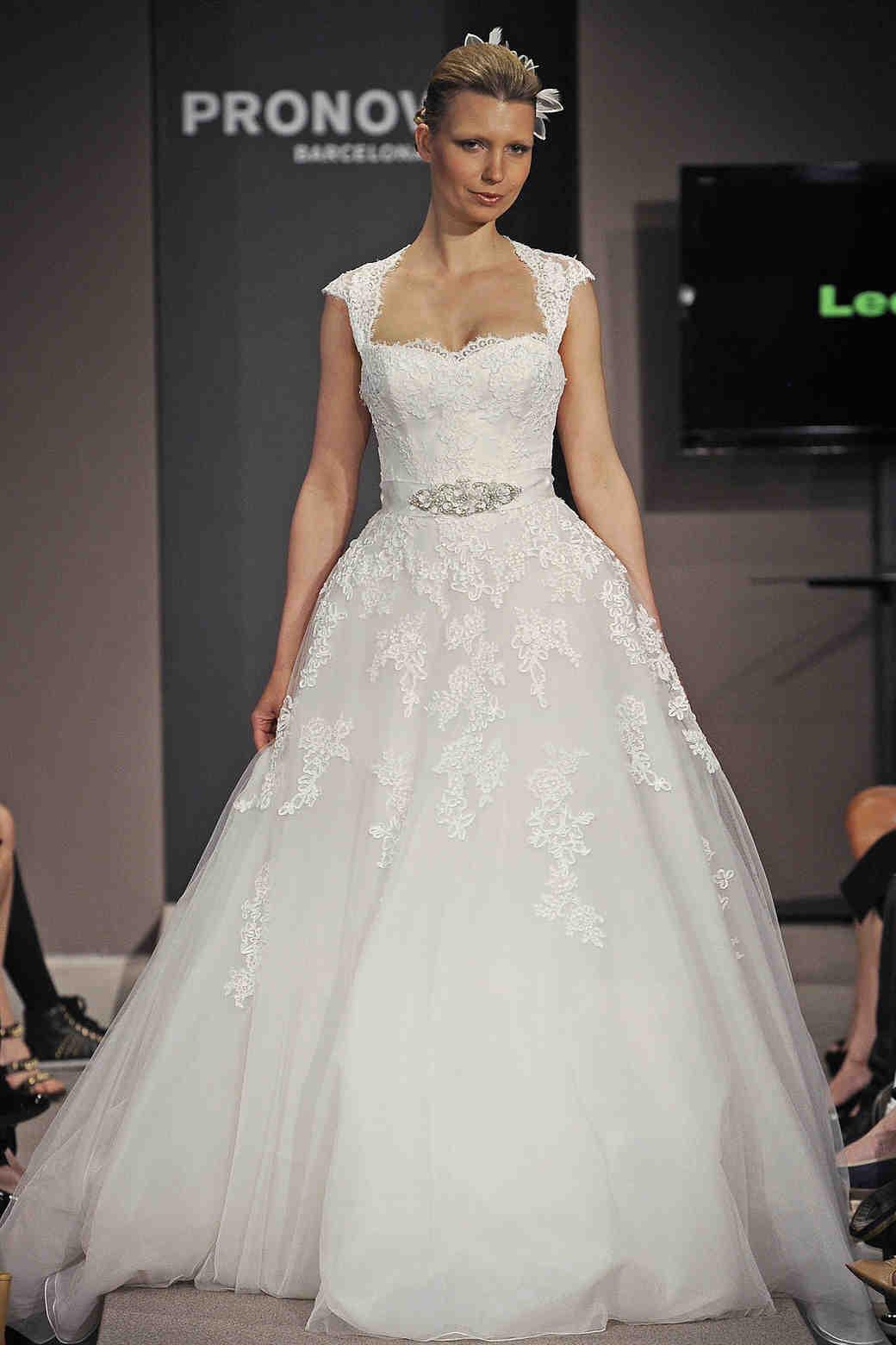 cap sleeve wedding dresses spring cap sleeve wedding dress Ladylike Lace The lace cap sleeves