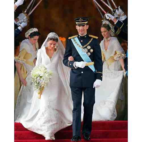 Medium Crop Of Royal Wedding Dress