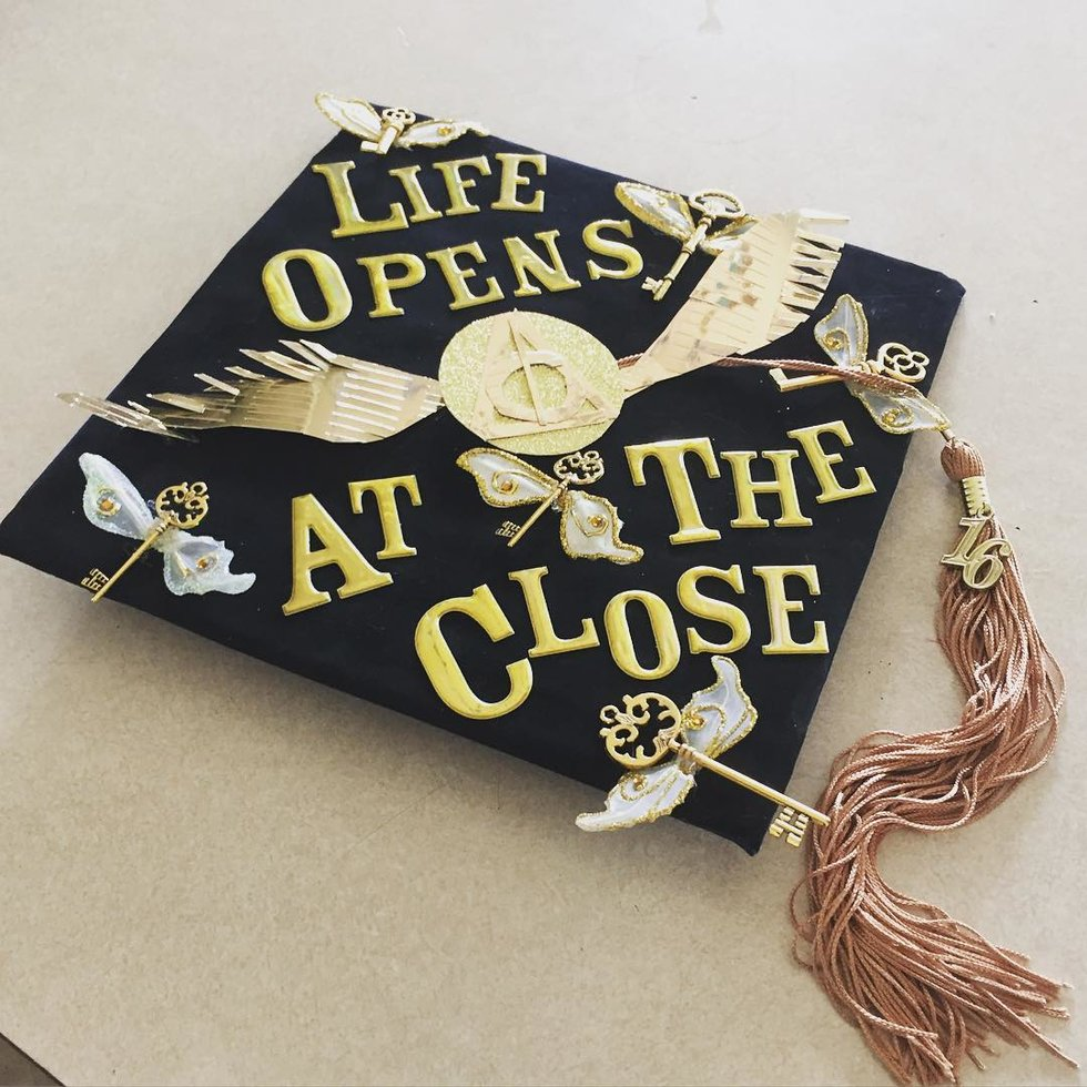 Admirable One Most Iconic Moments Harry Potter When Harrydiscovers He Nearly Swallowed Snitch He Ever This Cap Graduation Cap Ideas Every Harry Potter Nerd ideas Graduation Cap Ideas