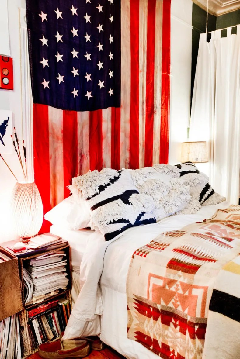 Cosmopolitan A Flag Hung On Wall Is A Way To Show Your Patriotic Ways To Decorate Your Dorm Room How To Decorate Dorm Room Without Nails Ways To Decorate Dorm Room Door bedroom Ways To Decorate Dorm Room