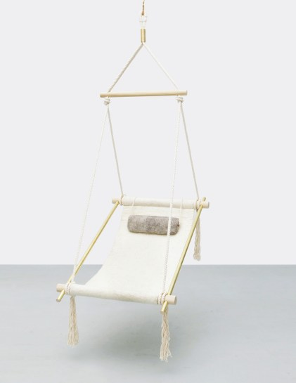 Ovis Hanging Chair by Ladies & Gentlemen Studio | Yellowtrace.