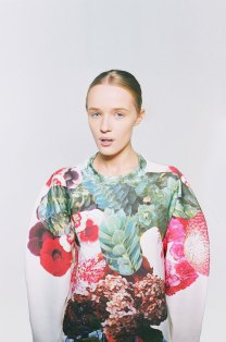 Botanical Layers by Masha Reva | Yellowtrace.