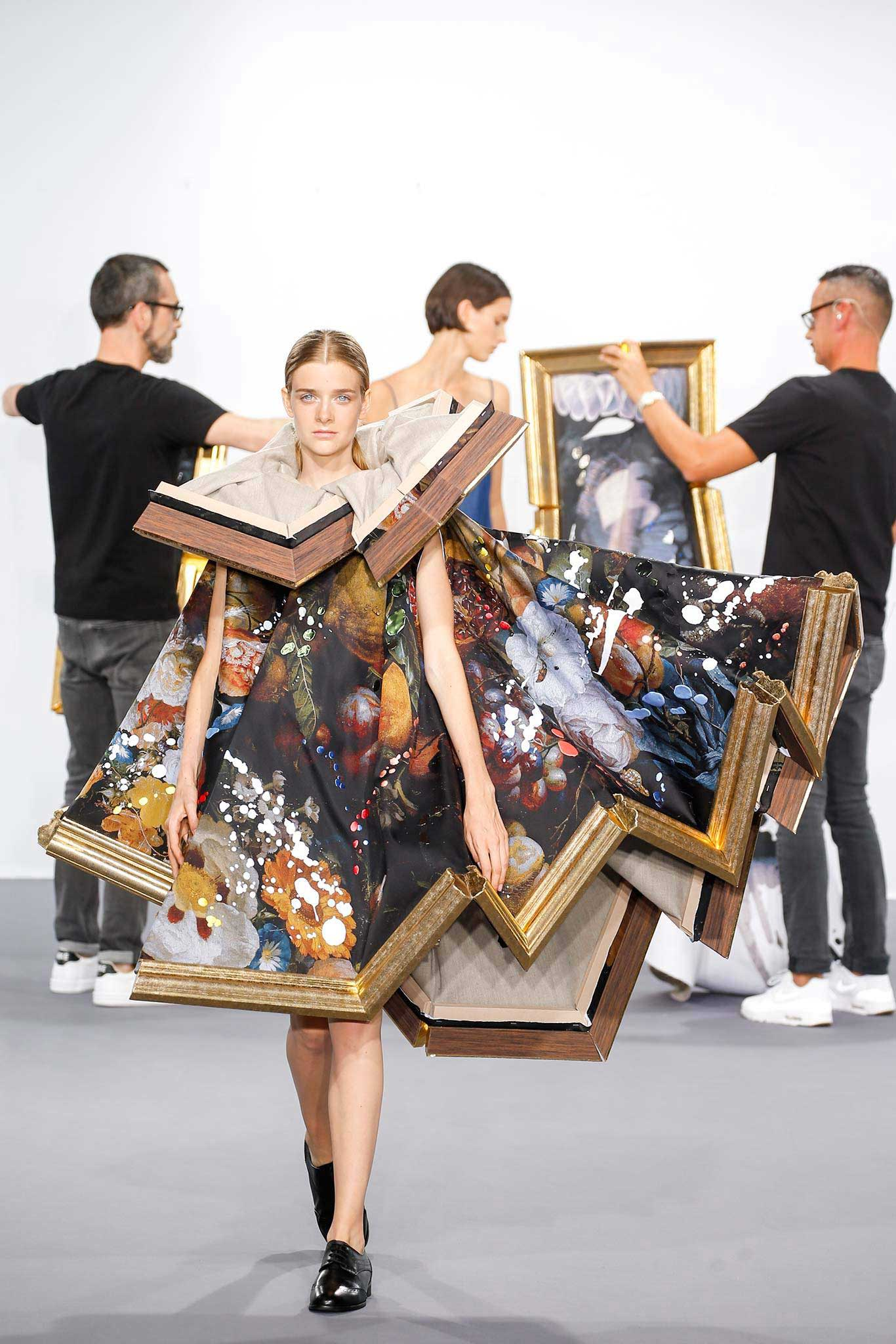 viktor rolf dress models in wearable paintings yellowtrace. Black Bedroom Furniture Sets. Home Design Ideas