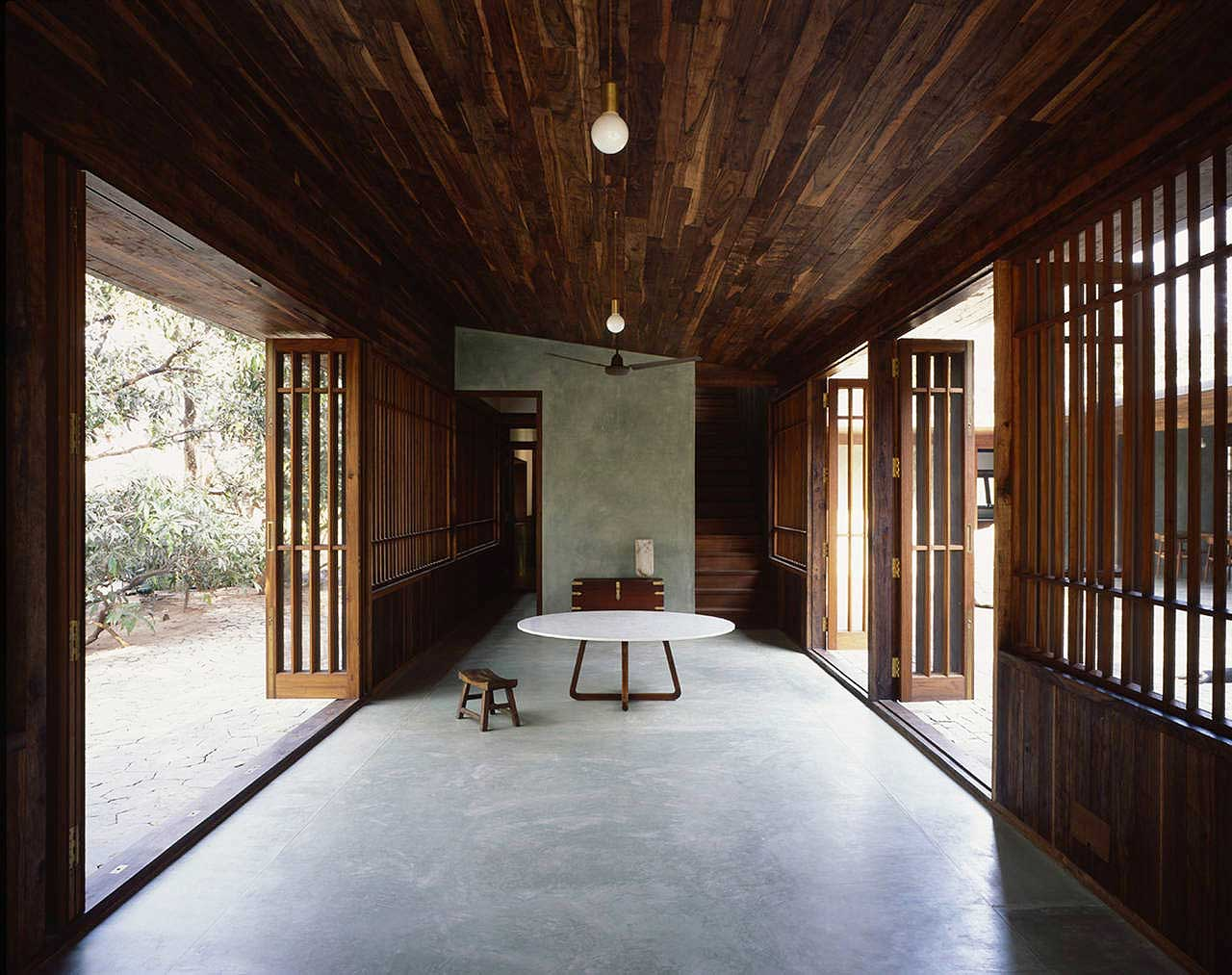 Copper house ii by studio mumbai yellowtrace for Studio house