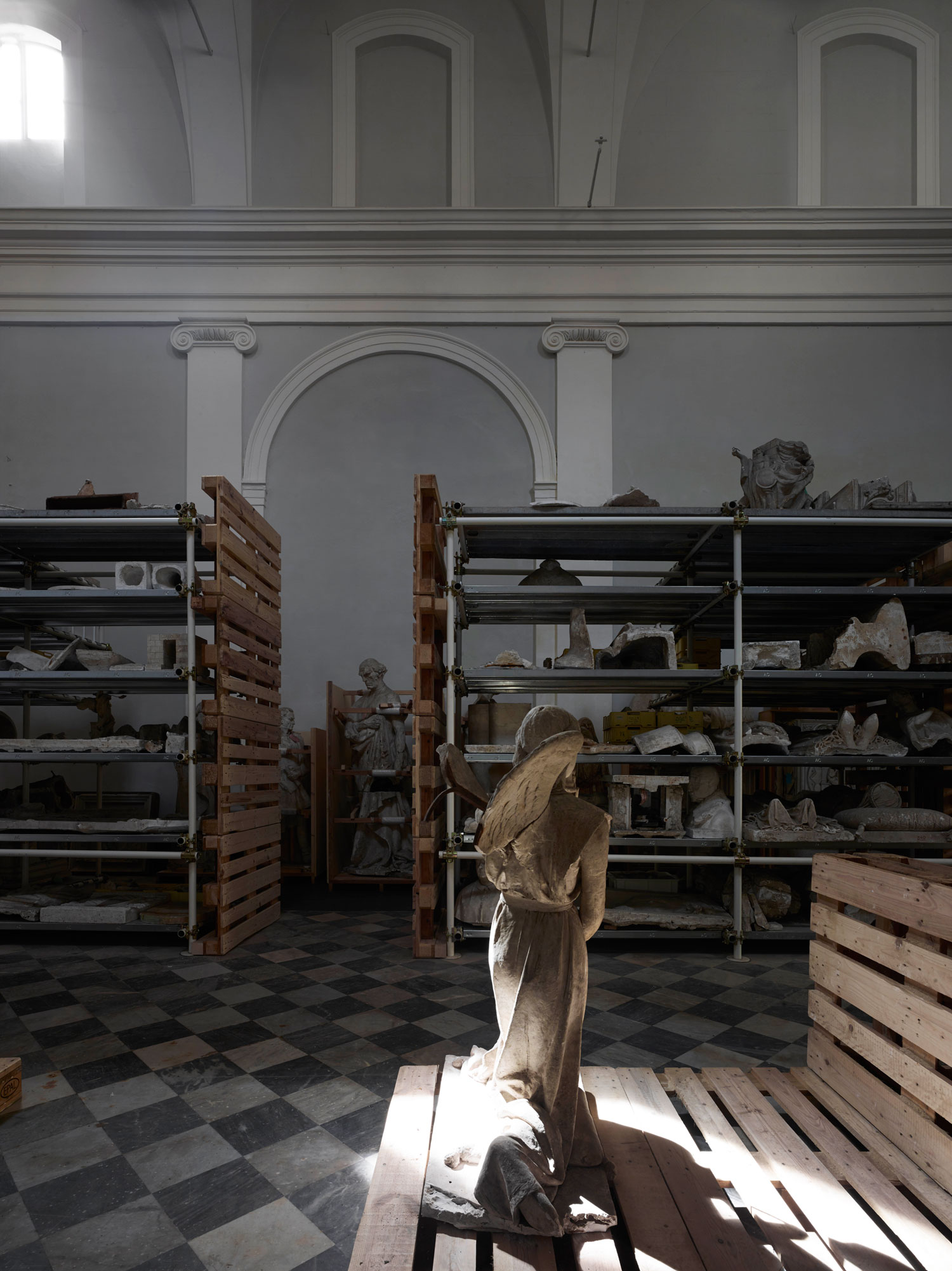Microscape Convert Ancient Tuscan Church Into A Museum