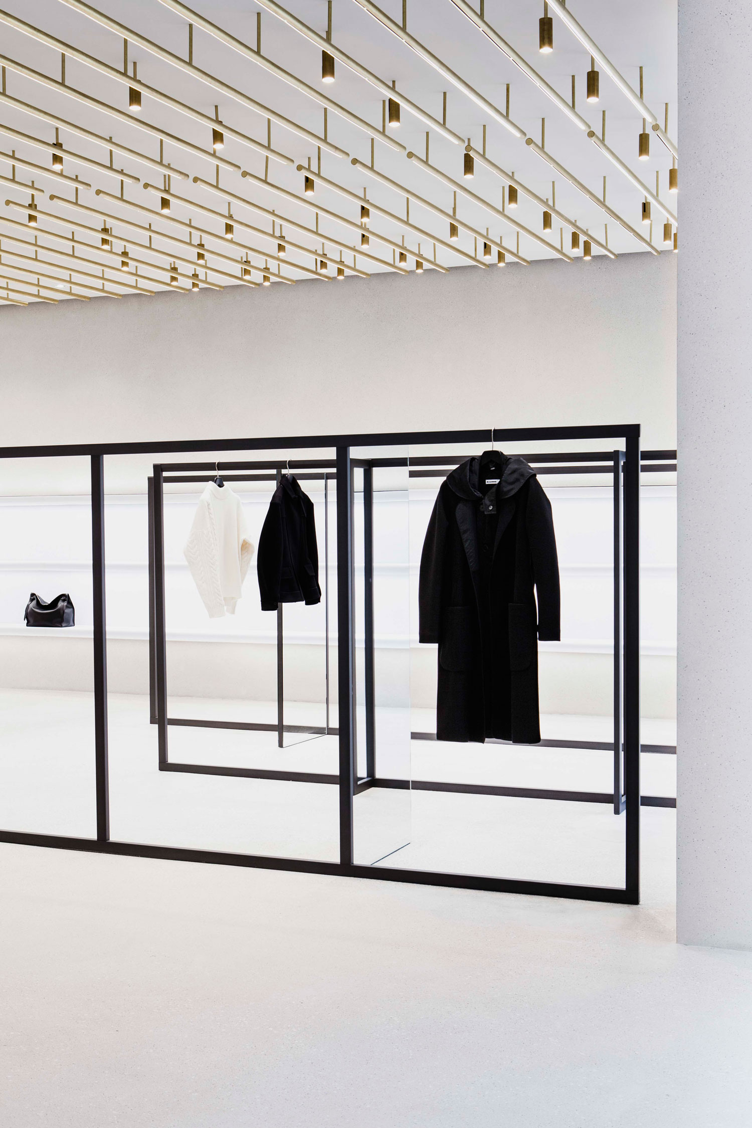 Jil sander berlin store by andrea tognon architecture for Design shop berlin