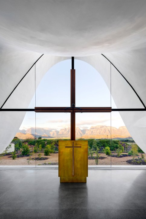 Bosjes Chapel by Steyn Studio Set Within South African Picturesque Countryside | Yellowtrace