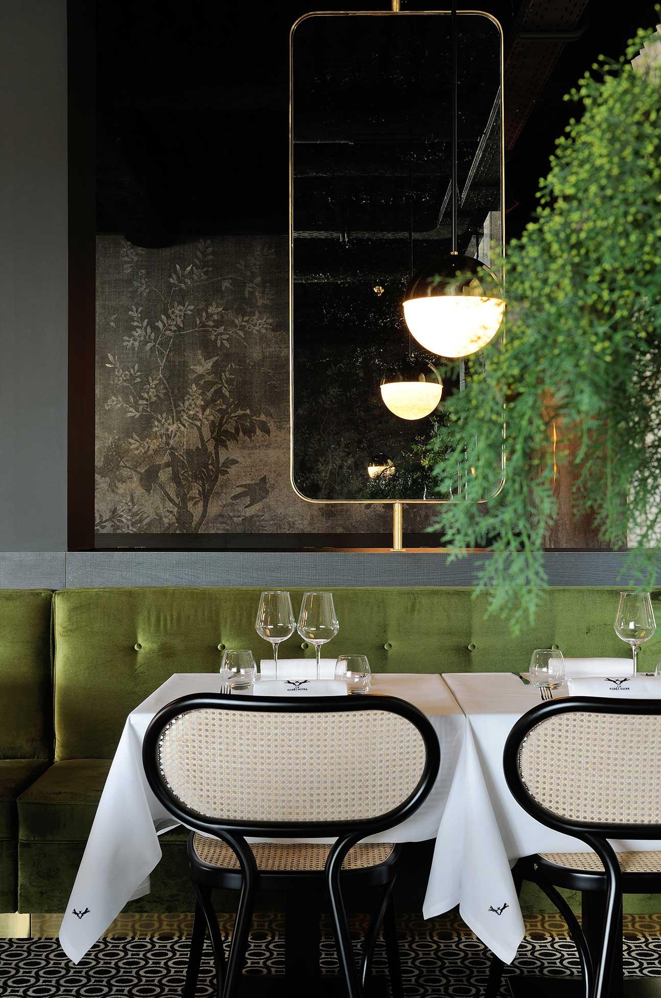 la foret noire restaurant in chaponost france by claude cartier. Black Bedroom Furniture Sets. Home Design Ideas