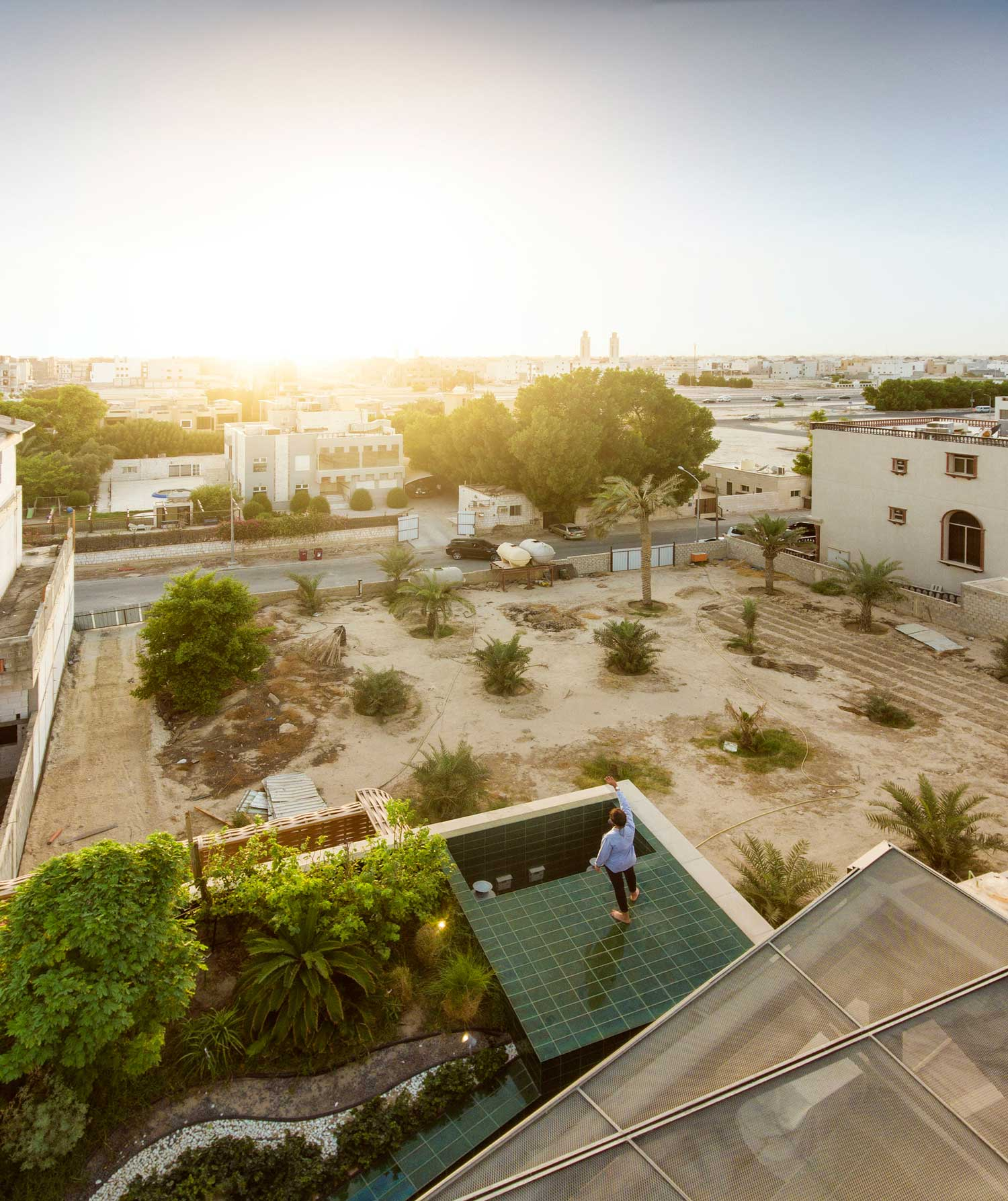 Three gardens house in kuwait by agi architects yellowtrace for Garden design kuwait