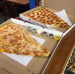 Fancy Thrillist Pizza Barn Yonkers Sells A Giant Super Slice Pizza Barn Pizza Worlds Biggest Pizza Place World S Biggest Pizza Oven Pizza Yonkers Sells A Giant Super Slice