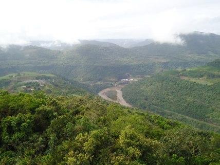 Vista do mirante ã usina Monte Claro