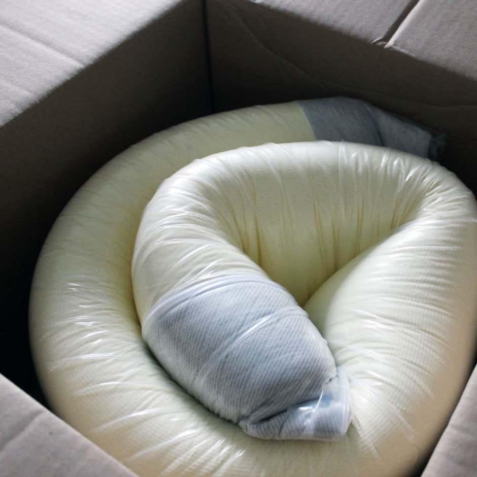 leesa-mattress-review-box-002