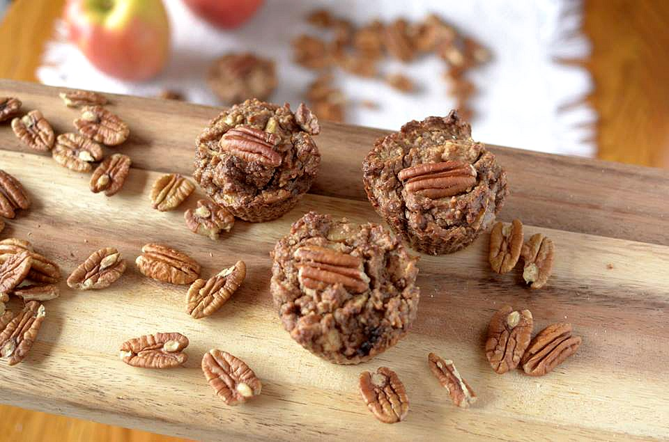 flour less apple pecan muffins 6