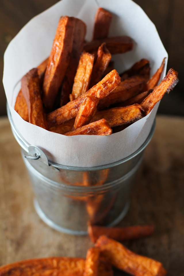 cinnamon_and_sugar_sweet_potato_fries_hero