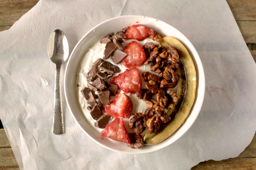 Take your breakfast to a whole new level with this healthy and delicious Roasted Banana Split Breakfast Bowl! Can be vegan and paleo friendly!