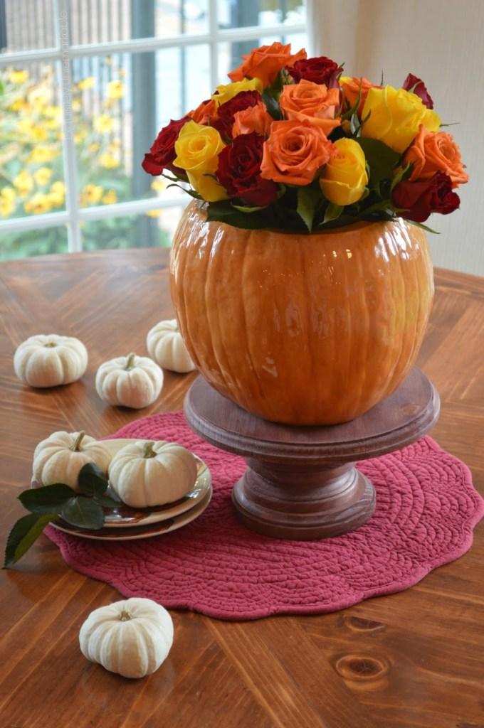 roses-in-pumpkin-vase