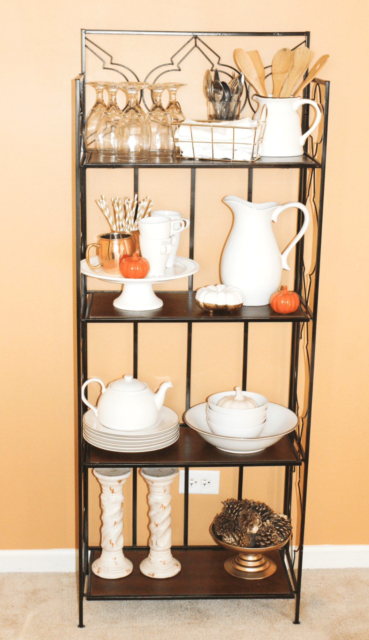 holiday-entertaining-extra-storage-rack
