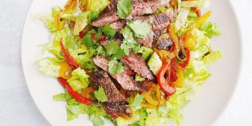 landscape-1491597568-photo-apr-07-2-42-36-pm Delish Fajita Steak Salad