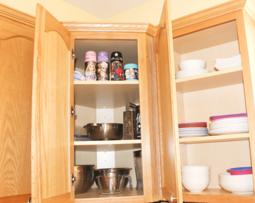kitchen drawer - organization - mugs - bowls - dishes -