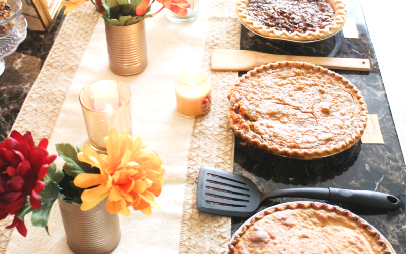 How to Host a Casual Fall Pie Party