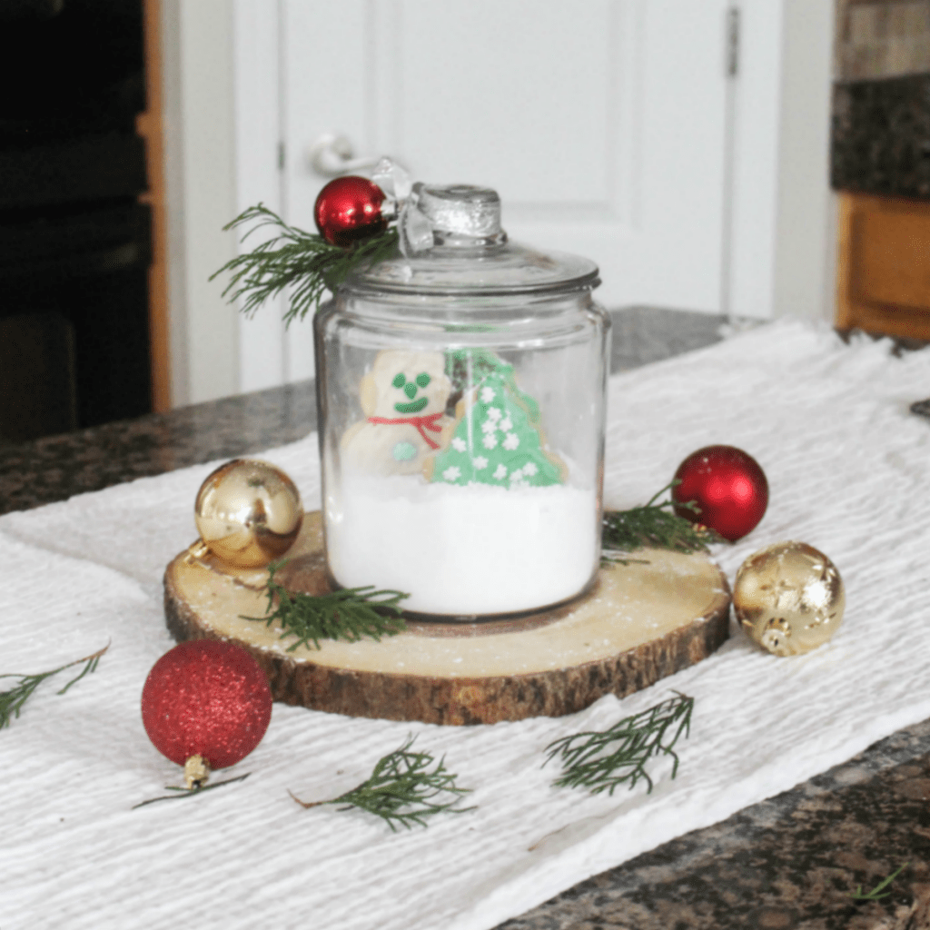 How to Create Christmas Cookies in a Jar for Gifting and Decorating - Christmas Gifting - Holiday Decorating - Holiday - At Home