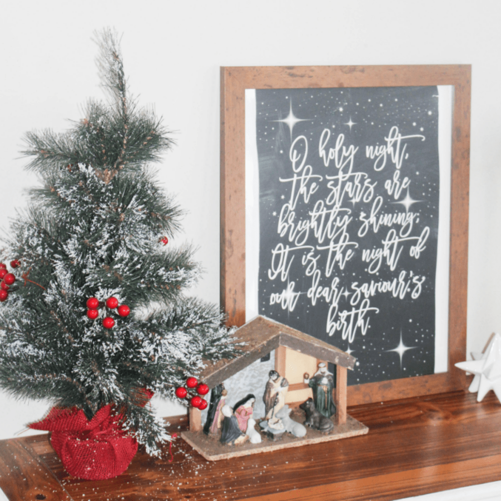 Holiday Home 2018 - Manger Scene - O Holy Night - Organization - At Home With Zan