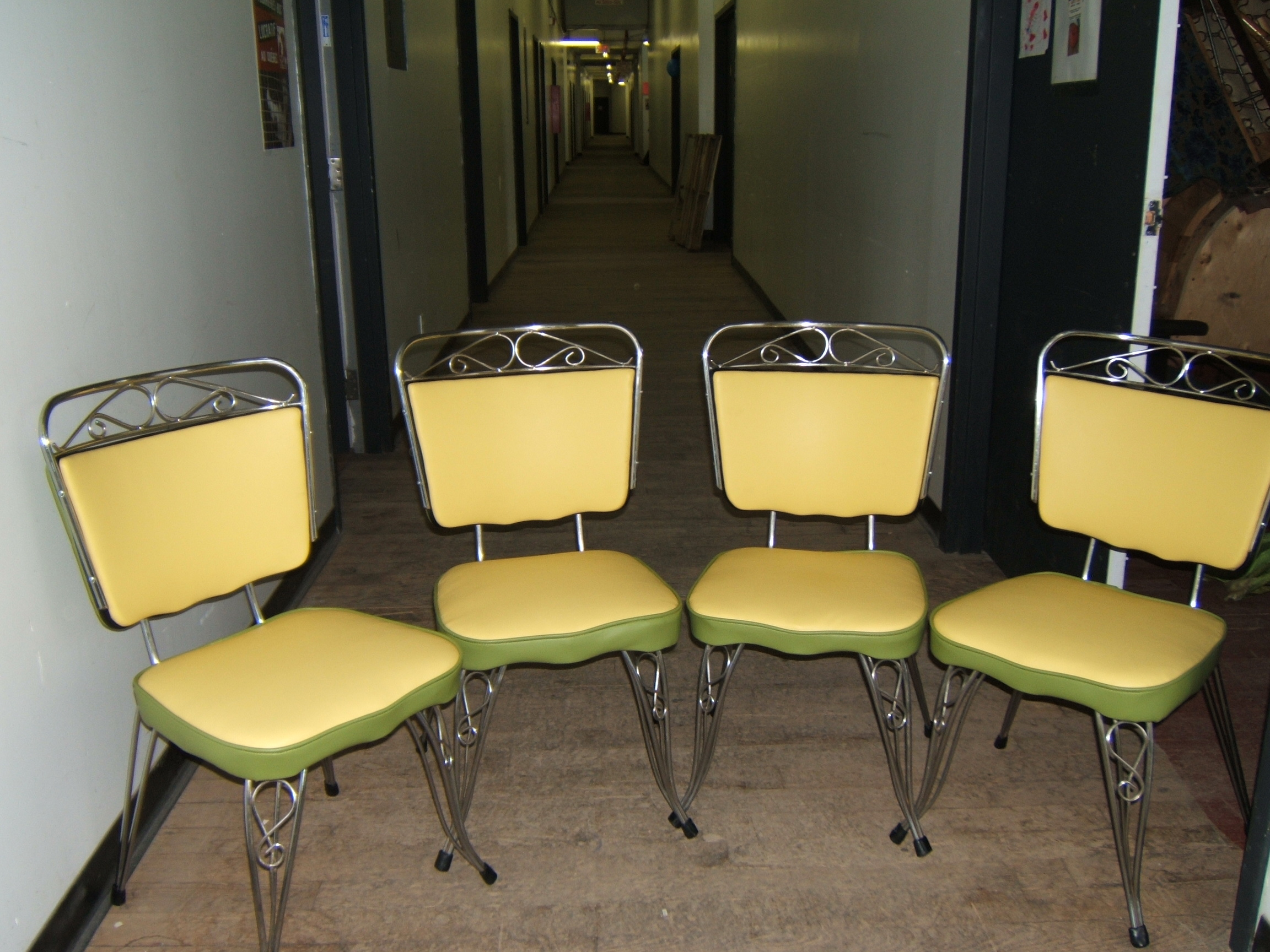 deco kitchen chairs retro kitchen chairs Look