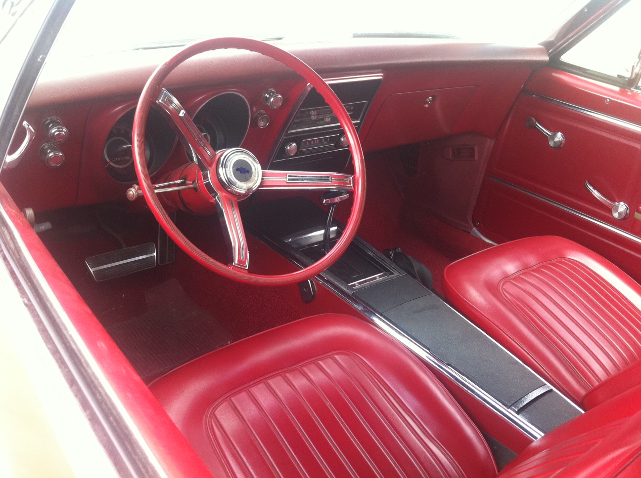 red first gen camaro in round rock at dealership atx car pictures real pics from austin tx. Black Bedroom Furniture Sets. Home Design Ideas