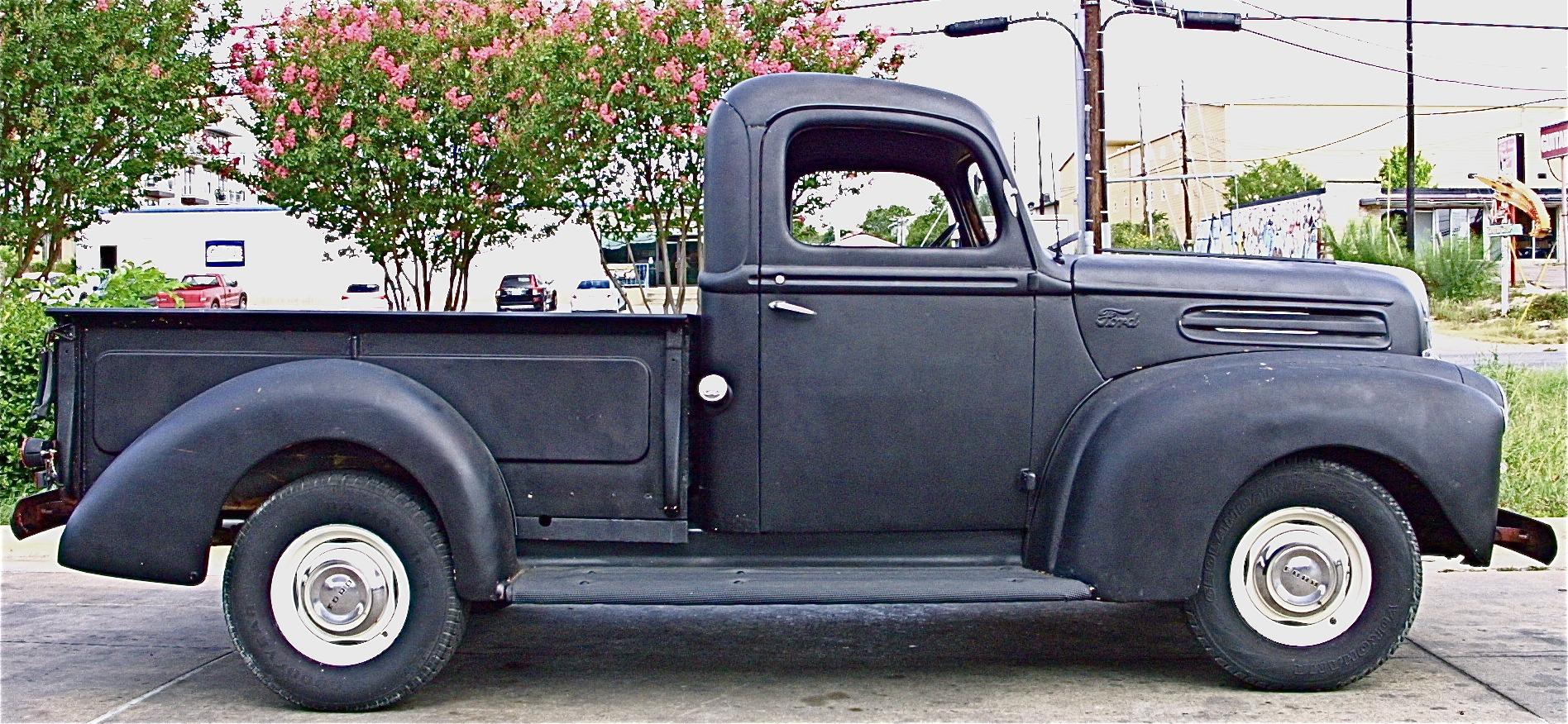 Patricks 1947 Ford Pickup