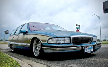 Buick 1990s Estate Custom posted