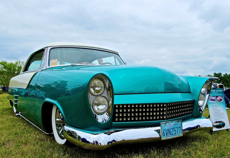 1952-ford-victoria-custom-at-lonestar-round-up-austin-tx-atxcarpics-com