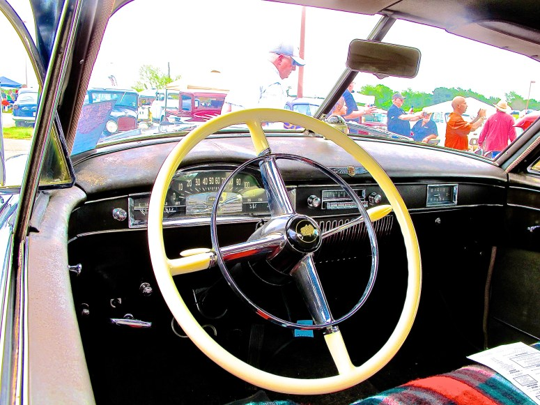 1949-cadillac-at-lonestar-round-up-austin-tx-interior