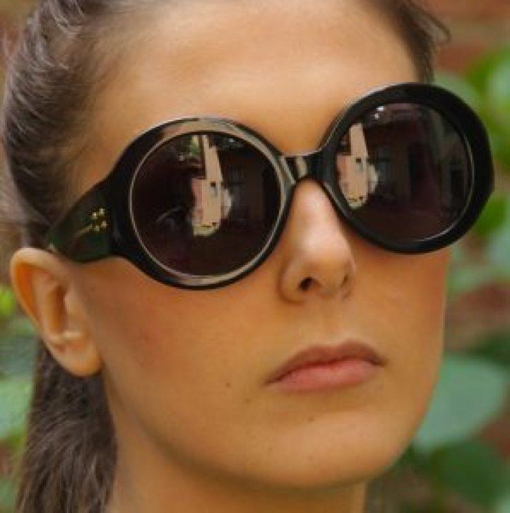 alexander-mcqueen-round-sunglasses-trends