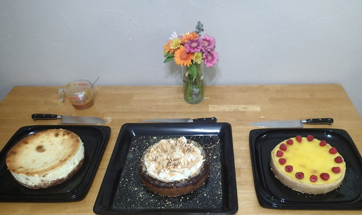 For National Cheesecake Day we made a few cheesecakes and had some friends over.