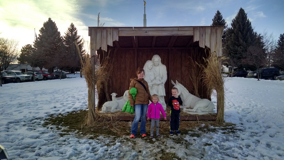 I've been on the lookout for a life-size nativity, but the nearest one we've found to us is the one at our temple.  Worth the drive though.