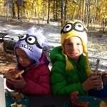 Kids eating breakfast.