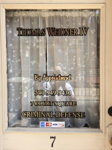 Window Signs- A Great Way to Get Attention-GOLD-LEAF-SIGNS-VA