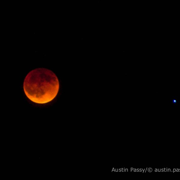 Blood Lunar Eclipse April 15, 2014