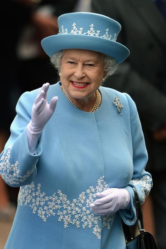 Queen Elizabeth visits Macartin's Cathedral in Enniskillen Northern Ireland during her Diamond Jubilee tour in June of 2012. / Source: Pinterest