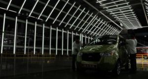 Mahindra e2o electric car