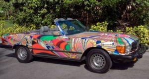 Mercedes 380 SL psychedelic wrap 3