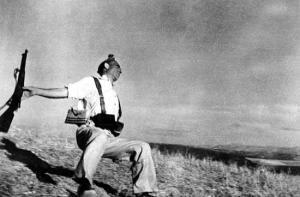 mort d'un milicien Robert Capa