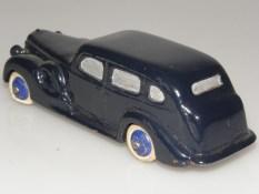 Dinky Toys série 39 Packard super 8 (prototype bois)