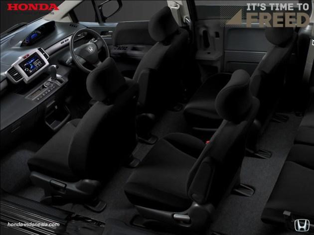 Honda Freed 2013 Interior hitam